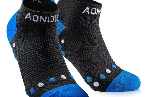 奥尼捷跑步袜买一送一,只此一天,让你从此爱上跑步